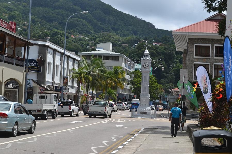 clock tower-mahe-seychelles-ile maurice-mondoblog-mauritius