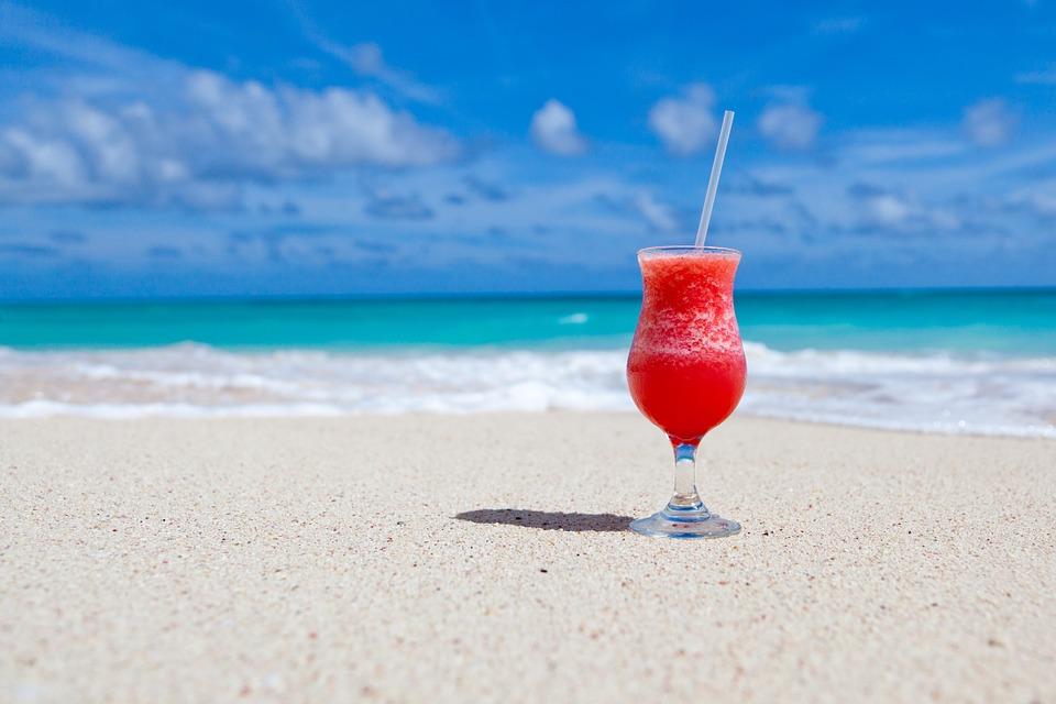 plage-le rwa bwar-le roi boire-ile maurice-mondoblog