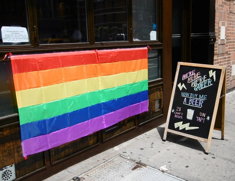 Les commerces aux couleurs de la Pride Parade!