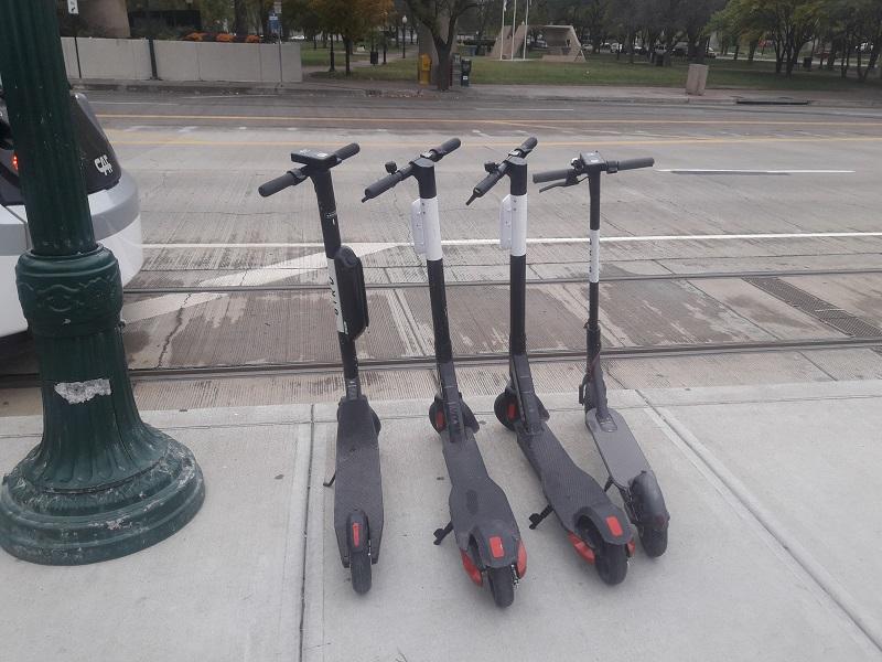 Des trotinettes électriques disponibles partout.