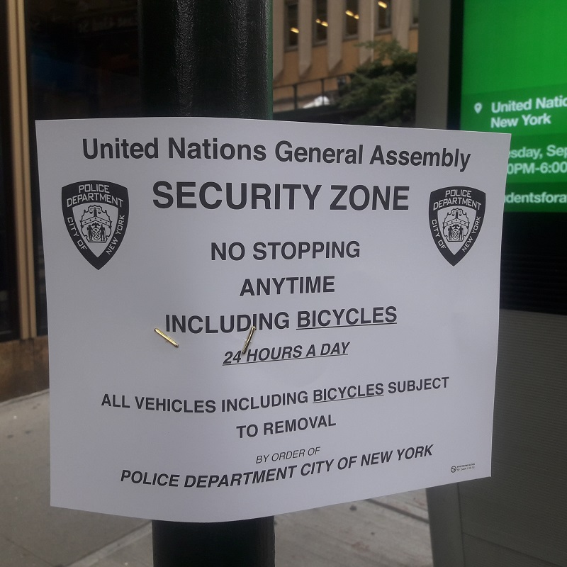 La 42e décrétée UNGA Security Zone! :-) Photo: CR