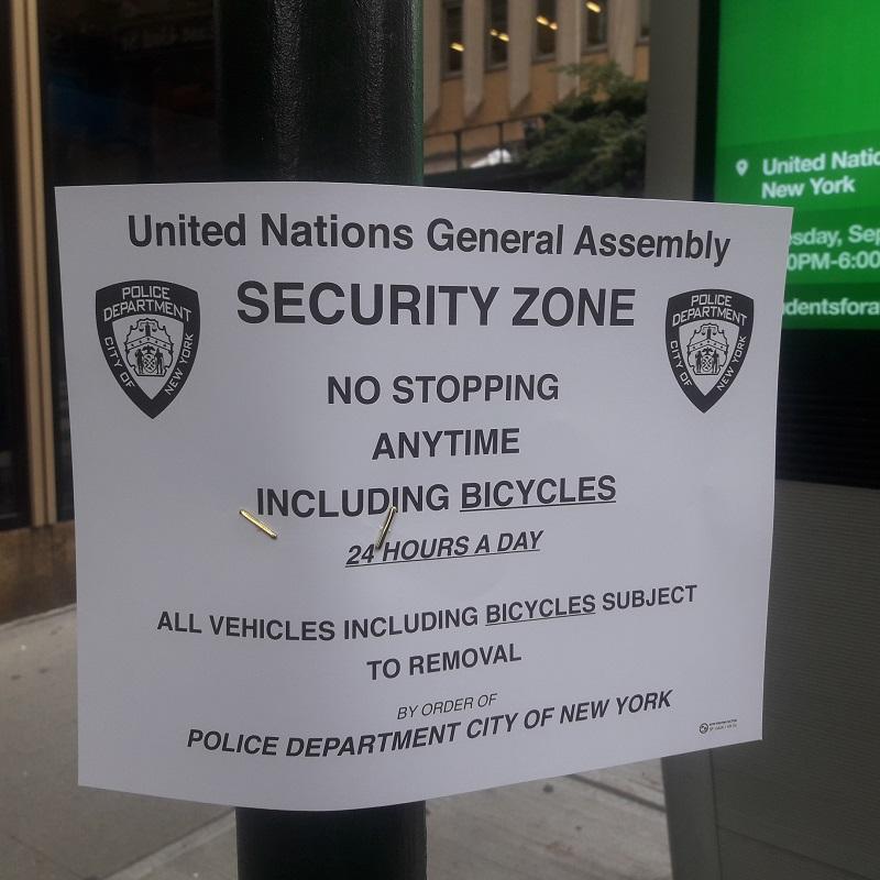 La 42e décrétée UNGA Security Zone! :-) Photo: CR
